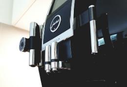 Je koffiemachine reinigen in slechts 3 stappen